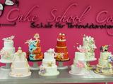 Torten dekorieren lernen in der Kölner Cakeschool